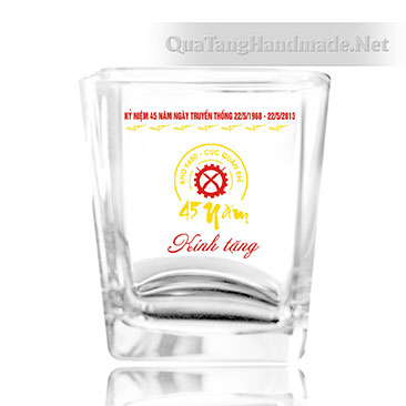 in logo cốc thủy tinh