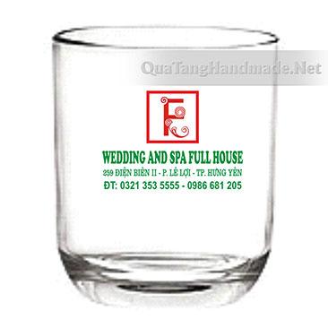 in logo lên cốc thủy tinh
