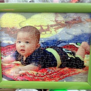 In tranh ghép hình ở Hà Nội