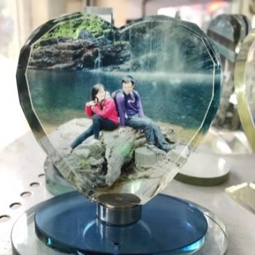 In pha lê tim xoay nước hoa ở Hà Nội