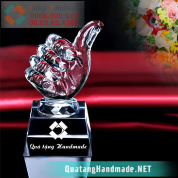 Cúp pha lê giải thưởng danh dự – ngón tay Like